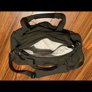 Lulu Medium Olive Gym / Duffel Bag
